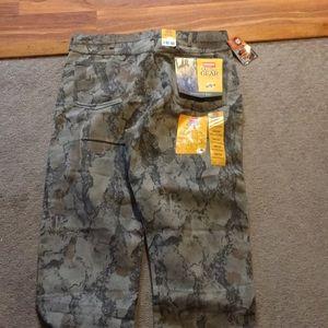 Wrangler outdoor gear camo 38x32 relaxed fit jean